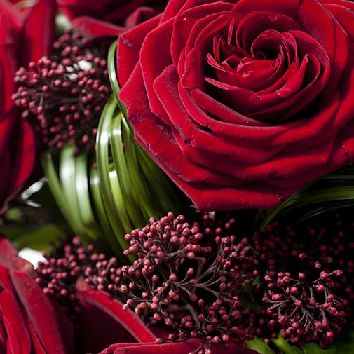 Coffret de 7 ou 10 Roses Rouges de 70 cm